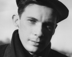 Glenn Gould, the artist as a young man photographed by his close friend John P.L. Roberts. Toronto Photo credit: John Roberts